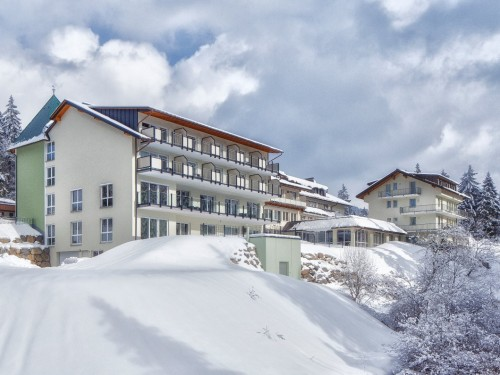 belchenhotel-winter.jpg