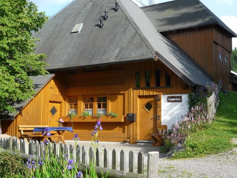 Ferienwohnung schniderhisle lenzkirch im schwarzwald for Ferienwohnung im schwarzwald