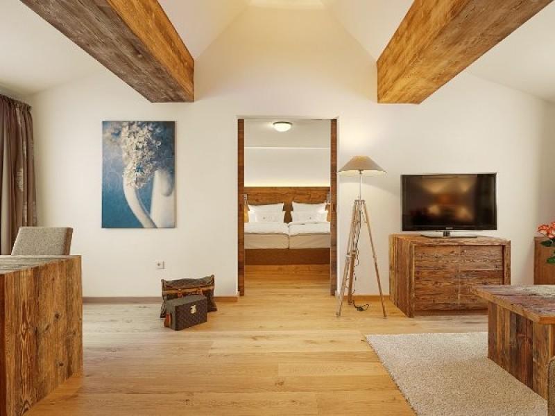 hotel adler h usern h usern im schwarzwald wellnesshotels wellness gourmet im s den. Black Bedroom Furniture Sets. Home Design Ideas