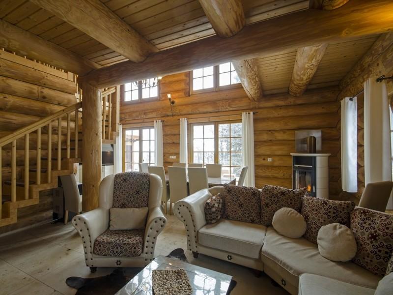 Luxus-Ferienhaus Blockhaus Chalet mit Sauna, Fussbodenheizung, Kamin, zentral in Feldberg-Ort