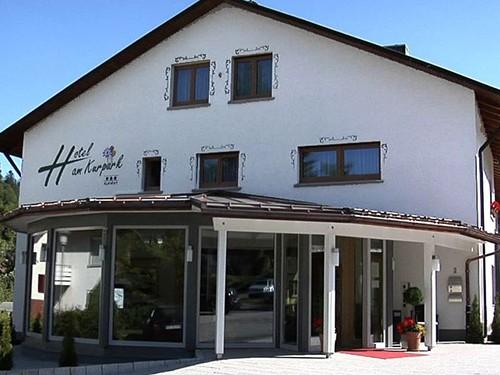Hotel am Kurpark, erstes Gobelinhotel